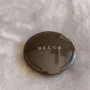 Becca mini shimmering skin pressed highlighter